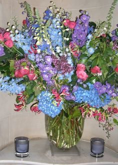 Summer wedding flowers at No 4 Hamilton Place in Mayfair London