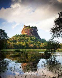 Sigiriya Lion Rock in Sri Lanka #myeasyvoyage #voyage #travel #travelgram #traveler #phototravel #holidaytravel #holiday #escape #vacances #vacation #world #destination #wanderlust #instatravel #nature #rock #srilanka #Asia #Asie #lake #forest #mountain #lion #sigiriya Hotels-live.com via https://www.instagram.com/p/BBjzR_mSYag/ #Flickr