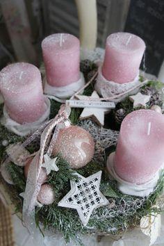adventskranz rosa weihnachtstraum von leroe auf dawanda. Black Bedroom Furniture Sets. Home Design Ideas