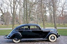 1937 Chrysler Airflow Coupe