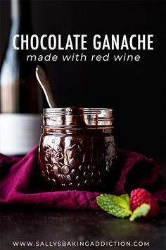 Silky, thick, rich, and smooth chocolate sauce made with red wine! This chocolat. Chocolate Wine, Chocolate Ganache, Chocolate Desserts, Fun Desserts, Dessert Recipes, Frosting Recipes, Ganache Cake, Ganache Recipe, Wine Cupcakes