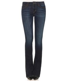 81e46ec9b8 A Guide to the Best Jeans for Women with Wide Hips