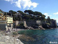 Vista della spiaggia di Capolungo a Genova Nervi