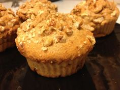 Low carb protein muffins with vanilla and cinnamon