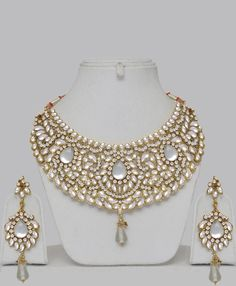 Bollywood Kundan Hand Made Jewelry Set