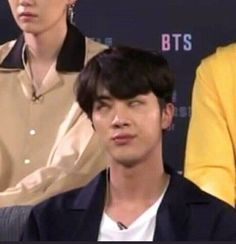 """""""Your memes are over rated."""" Kim Taehee strangely met a guy who was … Namjoon, Seokjin, Taehyung, Bts And Exo, Bts Jin, Jimin, Bts Meme Faces, Funny Faces, Bts Face"""