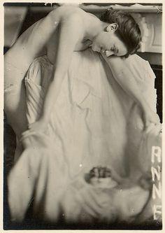 Anne Königer Smith, 1912 Frank Eugene