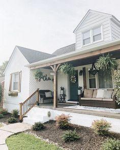 ✔78 amazing farmhouse front porch decorating ideas that make you smile 10 > Fieltro.Net
