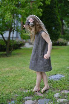 Flower girls dress Taupe Linen dress Birthdays dress by MarumaKids