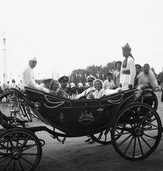 about pt jawaharlal nehru essay