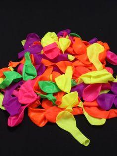 UV Schwarzlicht Neon Ballons, 50 Stück sortiert: Amazon.de: Spielzeug