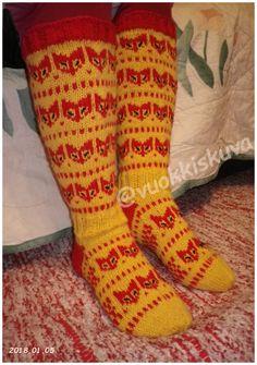 Hand Made by Vuokkis. Socks, Handmade, Fashion, Breien, Kleding, Moda, Hand Made, Fashion Styles, Sock