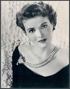 Paula RAYMOND (1924 - 2003) [] Active 1938-94 > Born Paula Ramona Wright 23 Nov 1924 SF California > Died 31 Dec 2003 (aged 79) California > AKA: Paula Rae Wright, Rae Patterson > Spouse: Floyd Patterson (m.1944–46 div); H. Leslie Williams (m.1965-66) > Children: 1 (Raeme Dorene Patterson, 1946-93)