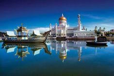 We offer a range of Brunei tours including Ulu Temburong National Park, Kampung Ayer, Bandar Seri Begawan, wildlife and mangrove cruises, heritage and more. Belize, Panama, Brunei Travel, Bandar Seri Begawan, Cap Vert, Flora Und Fauna, Destination Voyage, Islamic Architecture, Countries Of The World