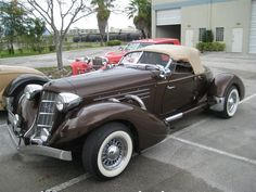 1936 Auburn Boattail Speedster - Brought to you by Smart-e Old Sports Cars, Vintage Sports Cars, Retro Cars, Vintage Cars, Antique Cars, Auburn Car, Cool Old Cars, Classy Cars, Hot Cars