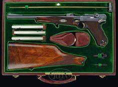 *SPECTACULAR & EXTREMELY IMPORTANT CASED DWM 1902 GEORG LUGER PRESENTATION LUGER CARBINE.