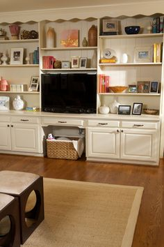 Keep your living space clutter-free with these shelving and storage tips
