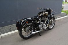 Royal enfield world Enfield Bike, Enfield Motorcycle, Royal Enfield Bullet, Royal Enfield Inde, Royal Enfield Stickers, Royal Enfield Classic 350cc, Old Bullet, Royal Enfield Wallpapers, Royal Enfield Modified