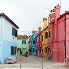 Façades colorées à Burano (lagune de Venise)