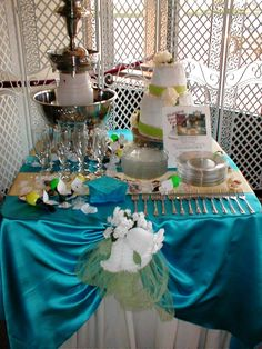 Sample Cake Table with Champagne Fountain