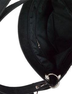 Egy vegán női táska belseje is elegáns, minőségi anyagokból készült belső