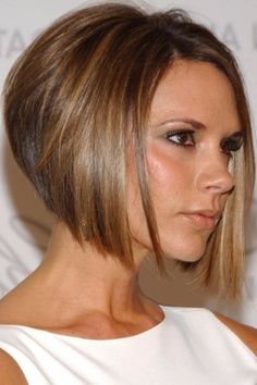 + Ideas for Chic and Feminine Bob Hairstyles victoria beckham wearing white sleeveless top, with chopped straight hair, longer at the front and shorter at the back, short bob hairstyles Short Bob Haircuts, Cute Hairstyles For Short Hair, Celebrity Hairstyles, Short Hair Cuts, Straight Hairstyles, Curly Hair Styles, Shag Hairstyles, Haircut Short, Hairstyles 2018