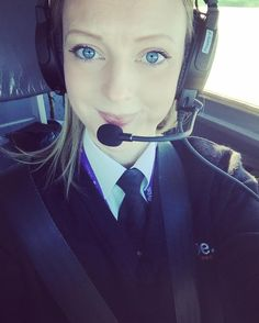 I'm an international pilot who also happens to be female Female Pilot, Gas Turbine, This Girl Can, Cabin Crew, Flight Attendant, High Class, Air Planes, Civil Aviation, Facial Expressions