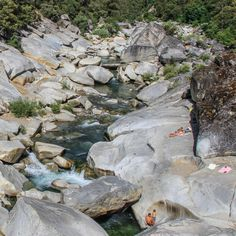 Polished, house-sized granite boulders and enticing emerald pools are what you'll find at the Highway 49 Crossing, a scenic and accessible stretch along the South Yuba River.This popular swimming hole welcomes visitors looking to beat the summer heat in the Sierra foothills. Making four crossings