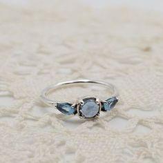 Patterns of Frost, Moonlight Blue & Sky-Blue Crystal | PANDORA Jewellery Online Store