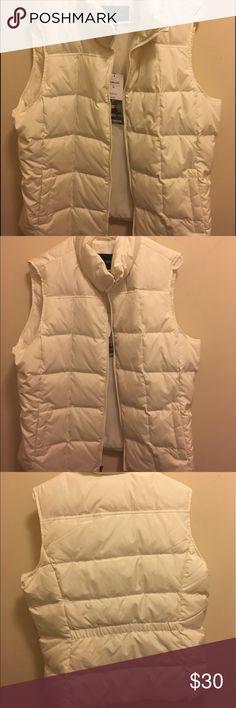 White puffer jacket Never been worn white puffer jacket from Lands End Lands' End Jackets & Coats Puffers