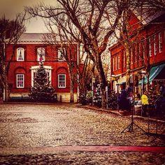 Nantucket...Christmas Stroll morning