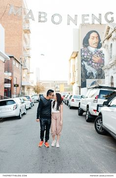 Inner city couple shoot in the streets of Johannesburg - the perfect idea for a couple on vacation who don't have any pictures of themselves while travelling |