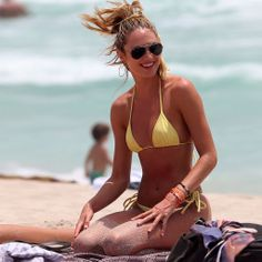 Best Swimsuits by Body Type. Tips from style experts and lists celebrities under body types so you can easily target your body type.