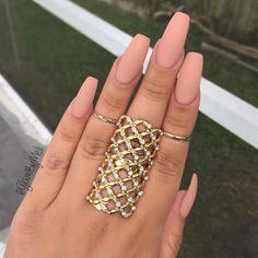 "@lauragpolish nail polish in the color (iced latte) ~ @sally_hansen Big matte nail polish ~ Rings @shopmissa this store…"""