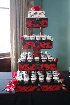 red and black wedding centerpieces | Asian Inspired Wedding « Jeanie Gorrell Floral Design's Blog Red Cupcakes, Wedding Cakes With Cupcakes, Wedding Cake Red, Red Wedding Dresses, White Wedding Bouquets, Cool Wedding Cakes, Wedding Stuff, Red And White Weddings, Gray Weddings