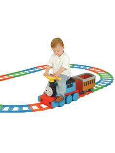 All aboard this battery operated Thomas ride on with 22 piece track setIncludes rechargeable 6v battery and chargerAge 1 Product Code