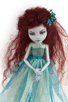 Monster High Ophelia By candygears  Redd Walitzki