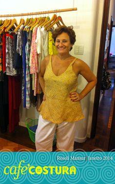 Roseli e sua camiseta deliciosa para o verão carioca.