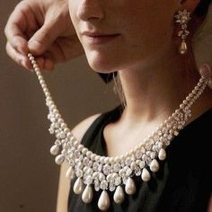 A Gulf Pearl Necklace. The necklace, is part of the 'Harry Winston' suite, and is considered to be the finest range of drop pearls to appear on the market in over 100 years.