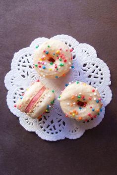 Donut Macarons!