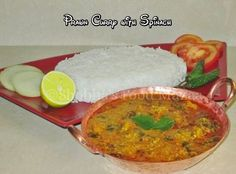 Shobha's Food Mazaa: PRAWN CURRY WITH SPINACH