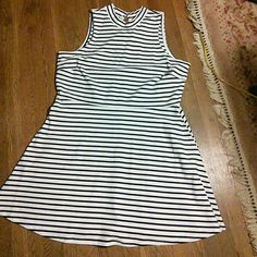 Old Navy Black Striped Fit & Flare Dress 2XL Tall Mock neck with two button closure. Slip on. 97% cotton, 3% spandex. Thick, stretchy cotton. Like new. Old Navy Dresses Mini