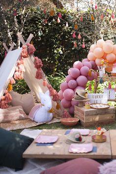 earth tone llama themed birthday party on 100 Layer Cakelet Backyard Birthday, Picnic Birthday, First Birthday Parties, Birthday Party Decorations, First Birthdays, Card Birthday, Birthday Greetings, Birthday Ideas, Happy Birthday
