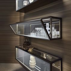 Alambra with this product, Rimadesio gives a contemporary reinterpretation of classic furniture like sideboards, glass cabinets and drawer units Home Decor Furniture, Furniture Design, Küchen Design, House Design, Modern Interior, Interior Design, Shelving Design, Classic Furniture, Modern Kitchen Design