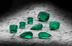The Incomparable was discovered in a diamond mine by a young girl who was playing outside her uncle's house .Fancy Diamonds is a GIA certified leading online diamond store. Ruby And Diamond Necklace, Diamond Mines, Diamond Tiara, Green Diamond, African Diamonds, Zambian Emerald, Engagement Celebration, Diamond Stores, Gemstone Engagement Rings