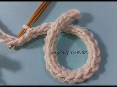 ♥️ (Suggestion from SilMez 🇧🇷 Brazil / crochet cord for bags! Crochet Cord, Crochet Motifs, Crochet Diagram, Love Crochet, Irish Crochet, Crochet Flowers, Crochet Lace, Crochet Stitches, Crochet Tutorial