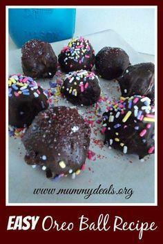 Easy Oreo Ball Recipe from @Clair O'Neill O'Neill @ Mummy Deals is great for your kids or a yummy dessert for you.  Plus, it's SUPER easy!