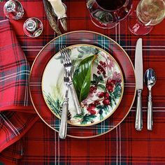 12 Favorite Christmas Table Settings. Christmas Dinner PlatesPlaid ...  sc 1 st  Pinterest & Tu0027was The Night Before Christmas Dinner Plates | Deck the Halls ...