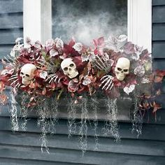 53 Unique Halloween Window Decoration Ideas You Don't Want to Miss Halloween Prop, Outdoor Halloween, Holidays Halloween, Halloween Crafts, Happy Halloween, Halloween Skeletons, Halloween Christmas Tree, Dollar Tree Halloween, Halloween Flowers