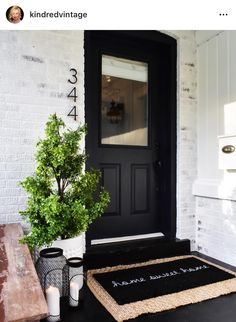 50 Stunning Modern Farmhouse Front Door Entrance Ideas - Interior and Exterior Design - Front Door Entrance, Front Door Decor, Fromt Porch Decor, Porch Entry, Fromt Porch Ideas, Dark Front Door, Front Door Numbers, House Numbers, Front Door Porch